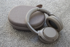 SONY WH-1000XM3 (Silver)